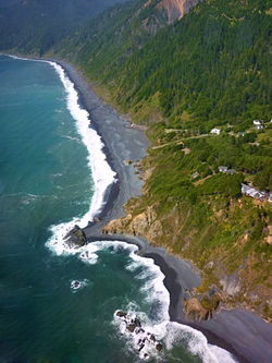 Black Sands Beach In Shelter Cove Ca On The Lost Coast